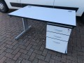 Used workstation with mobile pedestal