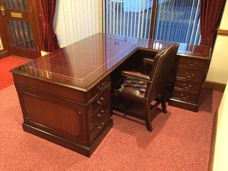 Bespoke Office Furniture Essex   Mahogany Desk Bespoke Mahogany Desk